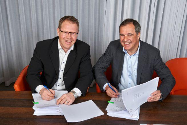 Signature de l'accord Volvo Humphree